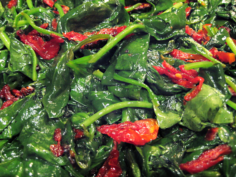 baby spinach with sun dried tomato